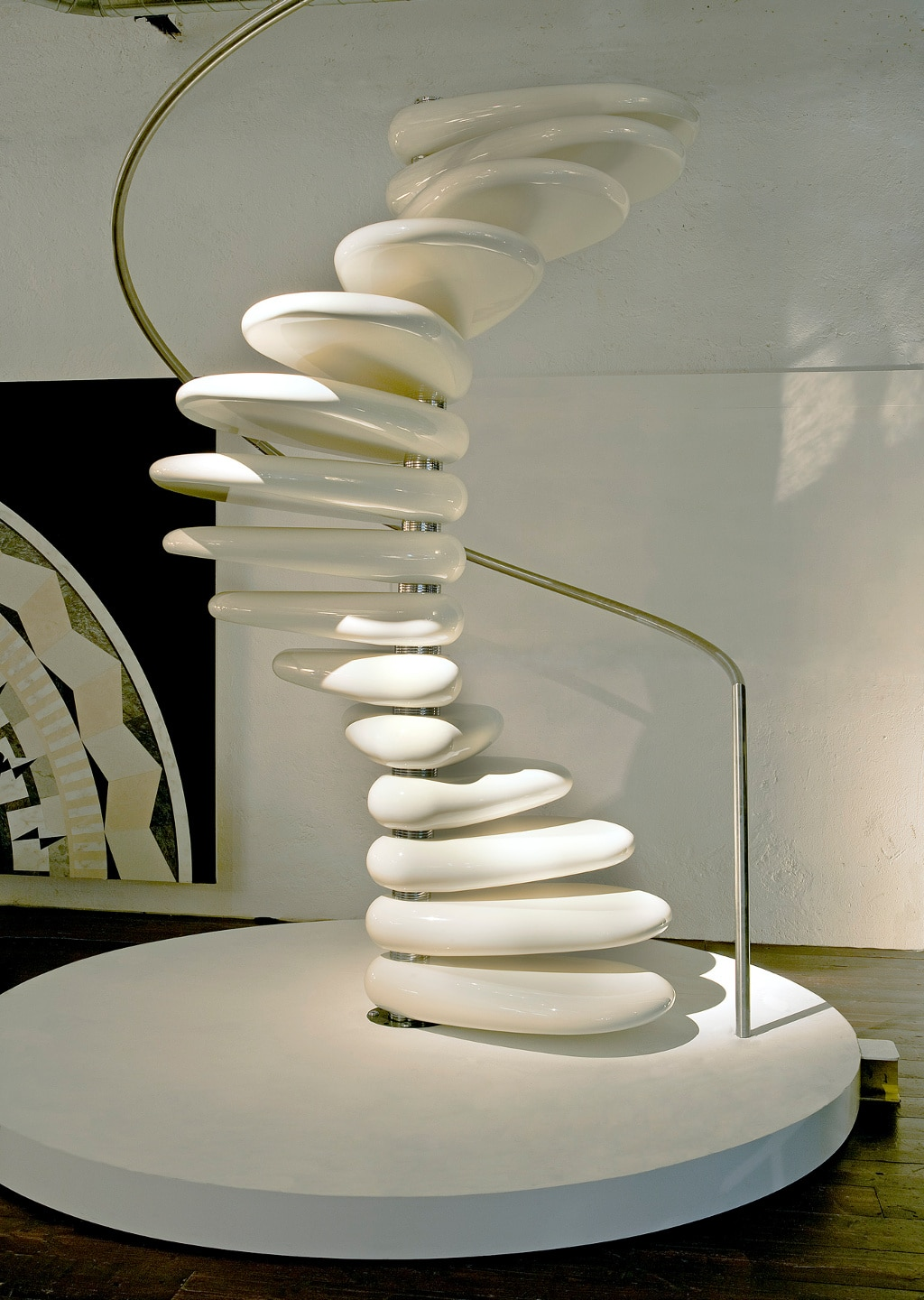 design trap rolling staircase